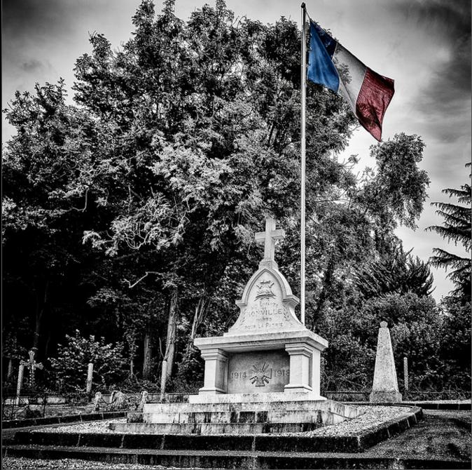 Monument (religieux) commémoratif 14-18