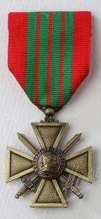 1442335446 croix de guerre 39 45 recto
