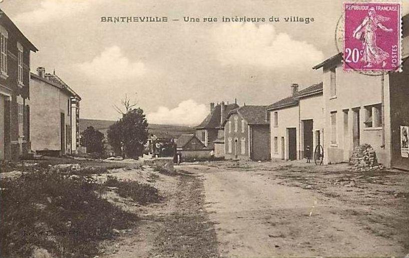Bantheville une rue interieure du village